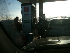 Grrr. Gas Prices and pump lineups
